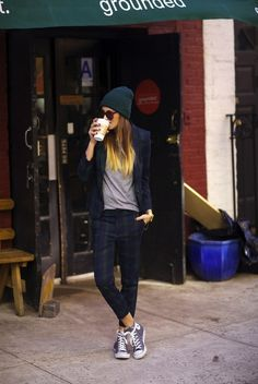 A coffee in the morning. LADIES Streetstyle, Women's Fashion. Navy beanie and suit with converse all star!!
