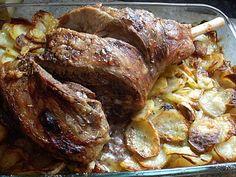 Gigot d'agneau au four sur lit de pommes de terre fondantes... ARRETEZ Je b...