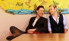 Tom Hiddleston and Chris hemsworth but what up with banana?