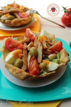 insalata in cestini di pane