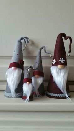 Anna Król - Rusin's media statistics and analyticsEver since a visit to Denmark I really liked the Scandinavian Christmas gnomes (or tomte, nisse.Scandinavian Tomte Ollie Nordic Nisse by DaVinciDollDesignSw Scandinavian Christmas Decorations, Nordic Christmas, Christmas Gnome, Rustic Christmas, Diy Christmas Gifts, Christmas Projects, Christmas Ornaments, Felt Crafts, Holiday Crafts