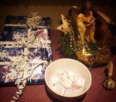 Klar for trekning!  #betraktninger #desembergaver #gavedryss #gaver #bøker