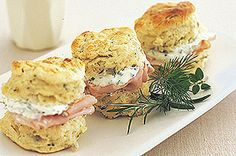 Morning afternoon tea recipes Herb cheese scones , with chive cream Cheese Scones, Savory Scones, Brownie Cookies, Tee Sandwiches, Finger Sandwiches, Tapas, High Tea Food, Afternoon Tea Recipes, Cream Recipes