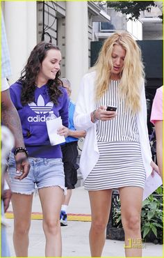 blake lively leighton meester gossip gals in nyc 07 Blake Lively and Leighton Meester share a moment together on the set of Gossip Girl on Wednesday (August 10) on the Upper West Side of New York City.    Later in…