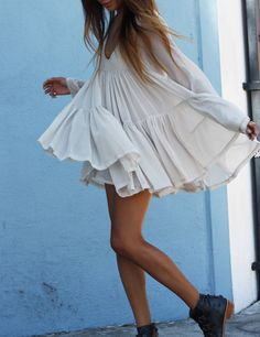 Pure Color Scoop Loose Long Sleeves Short Chiffon Dress