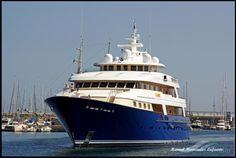LAUREL, type:Yacht, built:2006, GT:1595, http://www.vesselfinder.com/vessels/LAUREL-IMO-1008384-MMSI-319914000