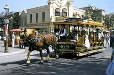 Disneyland Horse Carriage on Main Street. Anaheim California, Disneyland California, Vintage Disneyland, Disney Vacations, Disney Trips, Disney Parks, Disney Travel, Disneyland Main Street, Disneyland Resort