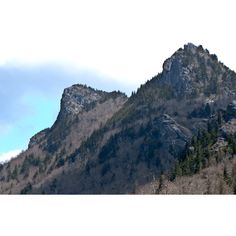 Grandfather Mountain, a photo from North Carolina, South | TrekEarth ❤ liked on Polyvore featuring pictures, backgrounds, art sets, art, photos and scenery