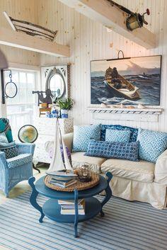 Coastal Home Decor l Beach Blue Accents l Ship Shape l www.CarolinaDesigns.com