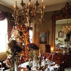 Looking for a stunning Victorian B&B experience this holiday season? Look no more! Edgewood Plantation B&B in Charles City, VA is so detailed, so glamorous, and so glitzy. A stunner!