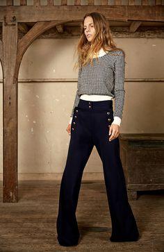 Chloé, look pre fall 2015 fashion, sailor pants, autumn fashion. Fashion Week, Winter Fashion, Fashion Show, Runway Fashion, Fashion Beauty, Sailor Pants, Plaid Fashion, Flare Pants, Isabel Marant