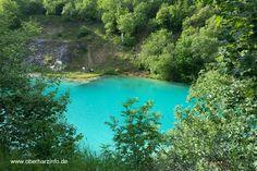 """Türkis - Blau der """"Blaue See"""" mitten im Harz in der Nähe des Höhlenort Rübeland"""
