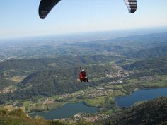 #activeholidays #paragliding #revinelago #treviso #veneto #italy #cadelach http://www.cadelach.it/en/activity-holiday.php