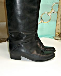 Sz 7 Boots Tall black Italian Leather  Boots by vintageandmore, $65.00