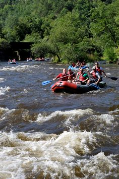Big Day Out at Pocono Whitewater is the ultimate adventure combination. This one day outing combines mountain biking, a trek to Glen Onoko Falls and a whitewater rafting trip on the Lehigh River. These events occur most weekends from the end of April through October.