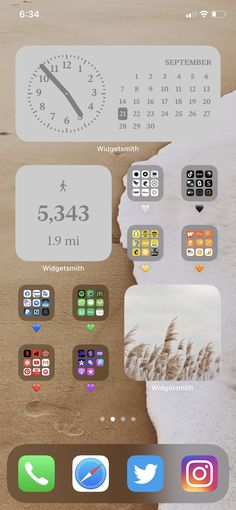 """selina on Twitter: """"thought my #ios14 homescreen was nice until i saw what yall did 😳… """" ios 14 home screen ideas inspiration Iphone App Design, Iphone App Layout, Organize Phone Apps, Iphone Life Hacks, Iphone Wallpaper Ios, Screen Wallpaper, Iphone Home Screen Layout, Phone Organization, Iphone Icon"""