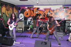 http://www.eltriangulo.es/contenidos/?p=65182 Pugnator gana el certamen Rock en vivo Rellamp de Onda