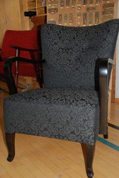 Antiko Oy - verhoiltu K-tuoli
