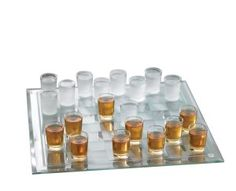 Play checkers till you're drunk! Crystal Clear Shot Glass Checkers Bar Game Set here. If you're asking yourself why checkers instead of chess, the answer is simple : you can get drunker this way. College Drinking Games, Shot Drinking Games, Housewarming Gifts For Men, Gift Suggestions, Gift Ideas, Party Ideas, Party Fun, Xmas Ideas, Fun Ideas