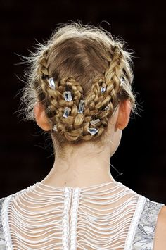So many braids at #NYFW but this was unique - Honor Spring 2013