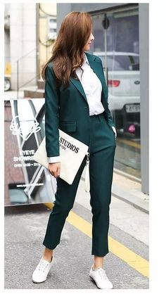99 Stylish Blazer Outfits Ideas For Women - Work Outfits Women Summer Work Outfits, Casual Work Outfits, Professional Outfits, Mode Outfits, Office Outfits, Work Casual, Casual Blazer, Trendy Outfits, Winter Outfits