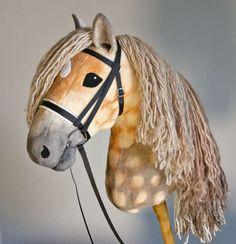 Apartment Hobby For Men - Easy Hobby To Learn - Hobby Horse Bridle - Hobby Horse Gebiss Crafty Hobbies, Easy Hobbies, Hobbies For Women, Hobbies To Try, Hobby Lobby Letters, Hobby Lobby Shelves, Hobby Town, Plush Horse, Stick Horses