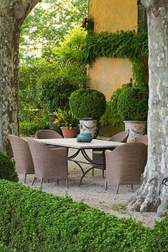 ~Provence | Clive Nichols