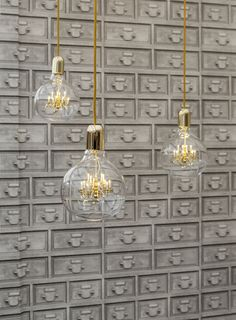 Industrial Drawers, White Industrial, Showroom Ideas, Pendant Lamp, King, Interiors, Ceiling Lights, Wallpaper, Gold