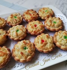 COCONUT JAM TART Recipe posted by sumi Recipe My Beloved Mum. May Allah grant her the highest stages of Jannatul Firdose in sha Allah… Coconut Jam, Coconut Desserts, Mini Desserts, Delicious Desserts, Eid Biscuits, Coconut Biscuits, Buttermilk Biscuits, Tart Recipes, Baking Recipes