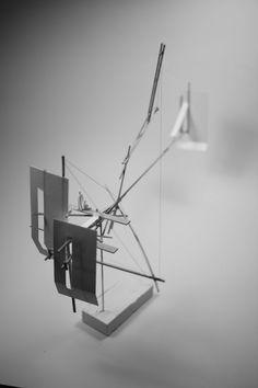 Architectural Drawing Ideas archisketchbook - architecture-sketchbook, a pool of architecture drawings, models and ideas Sketchbook Architecture, Concept Models Architecture, Paper Architecture, Studios Architecture, Architecture Student, Architecture Details, Architecture Diagrams, Green Architecture, Architecture Portfolio