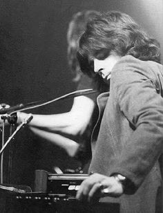 David Gilmour, Pink Floyd Members, Spencer Davis, Richard Wright, The Yardbirds, Psychedelic Music, Piano Player, Roger Waters, Moody Blues