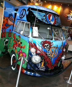 Grateful Dead Stuff and maybe some Buddha Vw Bus, Volkswagen Transporter, Dead And Company, Forever Grateful, Vintage Trailers, Grateful Dead, Cool Bands, Peace And Love, Album Covers