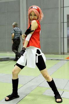This Sakura #cosplay is pretty good! #Naruto #anime