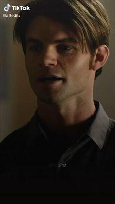 Klaus From Vampire Diaries, Damon Salvatore Vampire Diaries, Vampire Diaries Poster, Vampire Diaries Wallpaper, Vampire Diaries Quotes, Vampire Diaries The Originals, Daimon Salvatore, Hot Vampires, Vampier Diaries