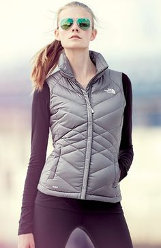 warm North Face down vest http://rstyle.me/n/sz26zr9te