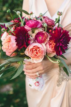 Youll Want to DIY Your Wedding Flowers After Seeing These Bouquets Go for burgundy dahlias fuchsia ranunculus and peach garden roses to recreate this look Cheap Wedding Flowers, Bridal Flowers, Flower Bouquet Wedding, Floral Wedding, Wedding Colors, Dahlia Bouquet, Flower Bouquets, Bridal Bouquets, Piones Flowers
