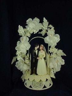 VINTAGE WEDDING CAKE TOPPER flowers | eBay Disney Cake Toppers, Vintage Cake Toppers, Traditional Wedding Cakes, Ring Boxes, Vintage Theme, Wedding Cake Toppers, Marie, Wedding Gowns, Wedding Decorations