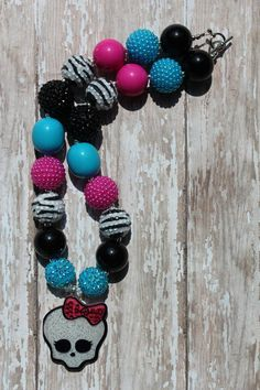 MONSTER HIGH Girls Chunky Beaded Necklace by OhPrettyPlease, $20.00 (shoulda bought this color scheme.)