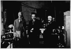 14 Rare Photos Of Albert Einstein That You've Probably Never Seen Before