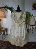 8 antique wedding ensemble 1835