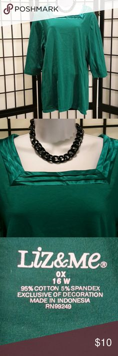 Liz & Me Green Tunic Blouse Excellent  Condition, Satin Trim, 3/4 Elbow Sleeve, Short Sleeve, Loose Fit, Accessories not included, Thanks for sharing my closet, I will show Posh love by doing the same. Liz & Me Tops Tunics