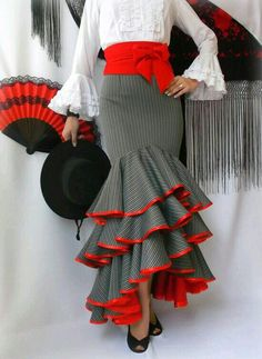 Salsa skirt 3tiers bulk why red