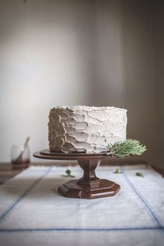 The Bees' Knees: Rosemary Corn Cake with a Honey & Brown Butter Buttercream — adventuresincooking.com