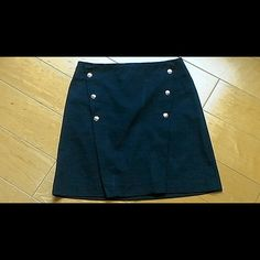 "NWOT Zara Basic Deep Navy Blue Skirt USA Size Small. MEX Size 26. Waist = 27"" Length = 17"". 49% polyester. 47% Cotton, 4% Elastane.  Too cute. I'm a size two and it fits perfectly. Why I never wore it I'll never know. NWOT. You will love it. It's a classic wardrobe staple that gets you noticed😋👍💕 Zara Skirts"
