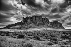 Superstition_Mountains