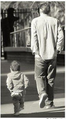 Fatherhood - father and son - people - children copy - children mimic and learn Fathers Love, Father And Son, Happy Fathers Day, Son Love, First Love, Hot Dads, Wright Brothers, Family Is Everything, Jolie Photo