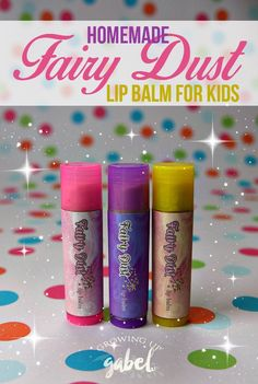 Easy tutorial on how to make homemade lip balm for kids using natural ingredients like coconut oil and beeswax and a touch of sparkly fairy dust girls will love! This simple recipe is great for stocking stuffers, party favors, and Christmas gifts.