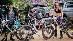Eu e meus parceiros de equipe Emmanuel Pombo e Bernardo Cruz, atual campeao brasileiro. Cada um optou por uma bike diferente