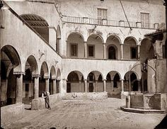Doppio chiostro del Monastero dell'Ara Coeli Anno: 1871 Rome, Rum, Rome Italy