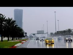 Dubai police records 147 traffic accidents in four hours due to rain - ZTSNEWS Handsome Men Quotes, New Dragon, Top News, Weather Conditions, Dubai, Police, Rain, World, Nature